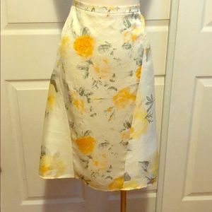 Banana Republic 100% silk yellow floral skirt